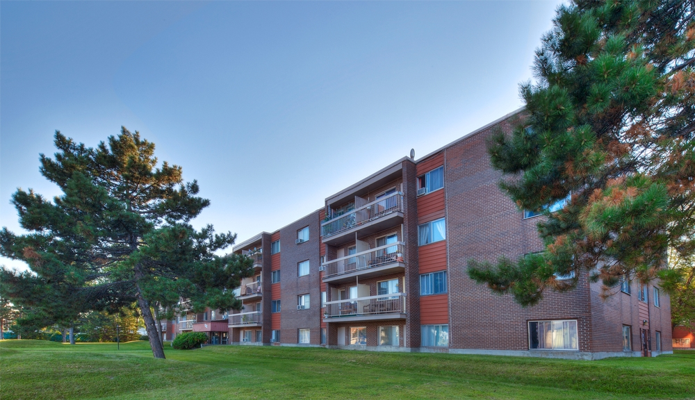 1 bedroom Apartments for rent in Laval at Papineau Leblanc - Photo 03 - RentQuebecApartments – L9529