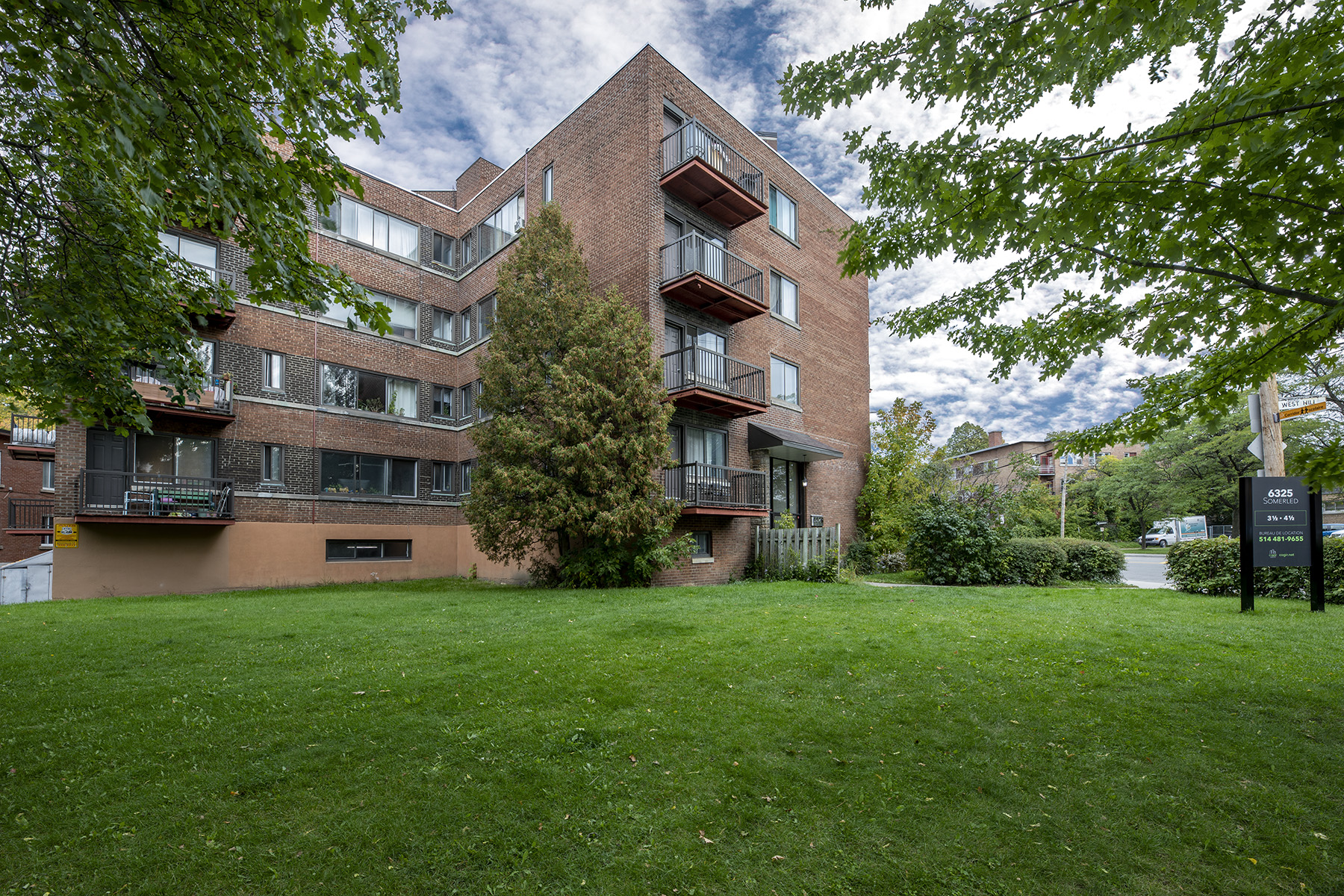 1 bedroom Apartments for rent in Notre-Dame-de-Grace at 6325 Somerled - Photo 02 - RentQuebecApartments – L401538