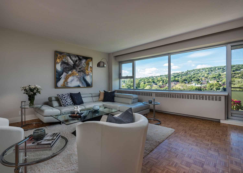 luxurious 3 bedroom Apartments for rent in Westmount at 4300 de Maisonneuve West - Photo 06 - RentQuebecApartments – L2168