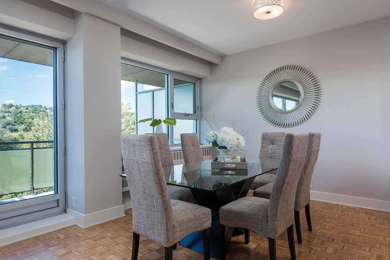 luxurious 3 bedroom Apartments for rent in Westmount at 4300 de Maisonneuve West - Photo 08 - RentQuebecApartments – L2168
