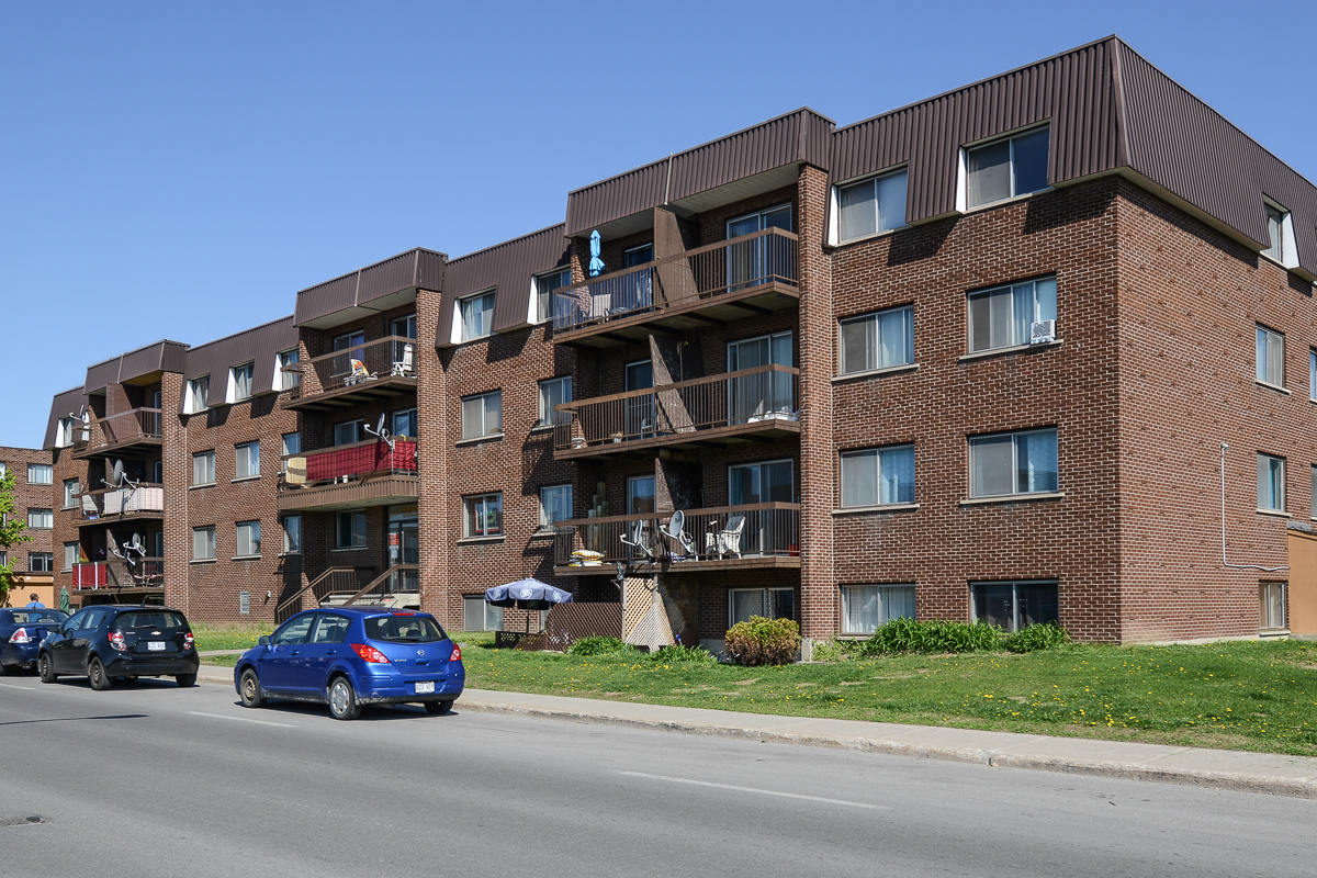1 bedroom Apartments for rent in Laval at 5025 Samson - Photo 17 - RentQuebecApartments – L28107