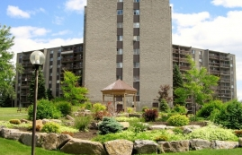 2 bedroom Apartments for rent in Laval at Les Habitations du Souvenir - Photo 01 - RentQuebecApartments – L4968
