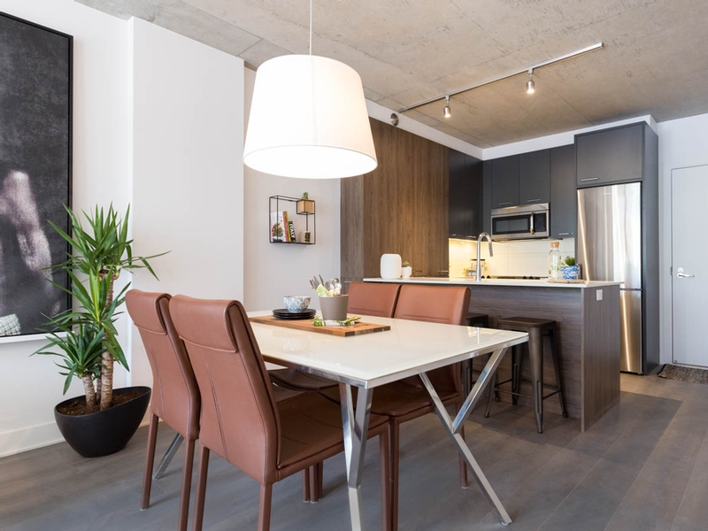 luxurious 3 bedroom Apartments for rent in Montreal (Downtown) at Appartements-Boutique - Photo 02 - RentQuebecApartments – L136678