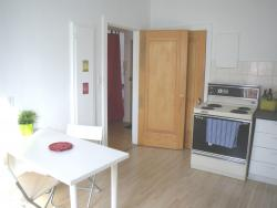 furnished Studio / Bachelor Apartments for rent in Cote-des-Neiges at CDN - Photo 01 - RentQuebecApartments – L8139