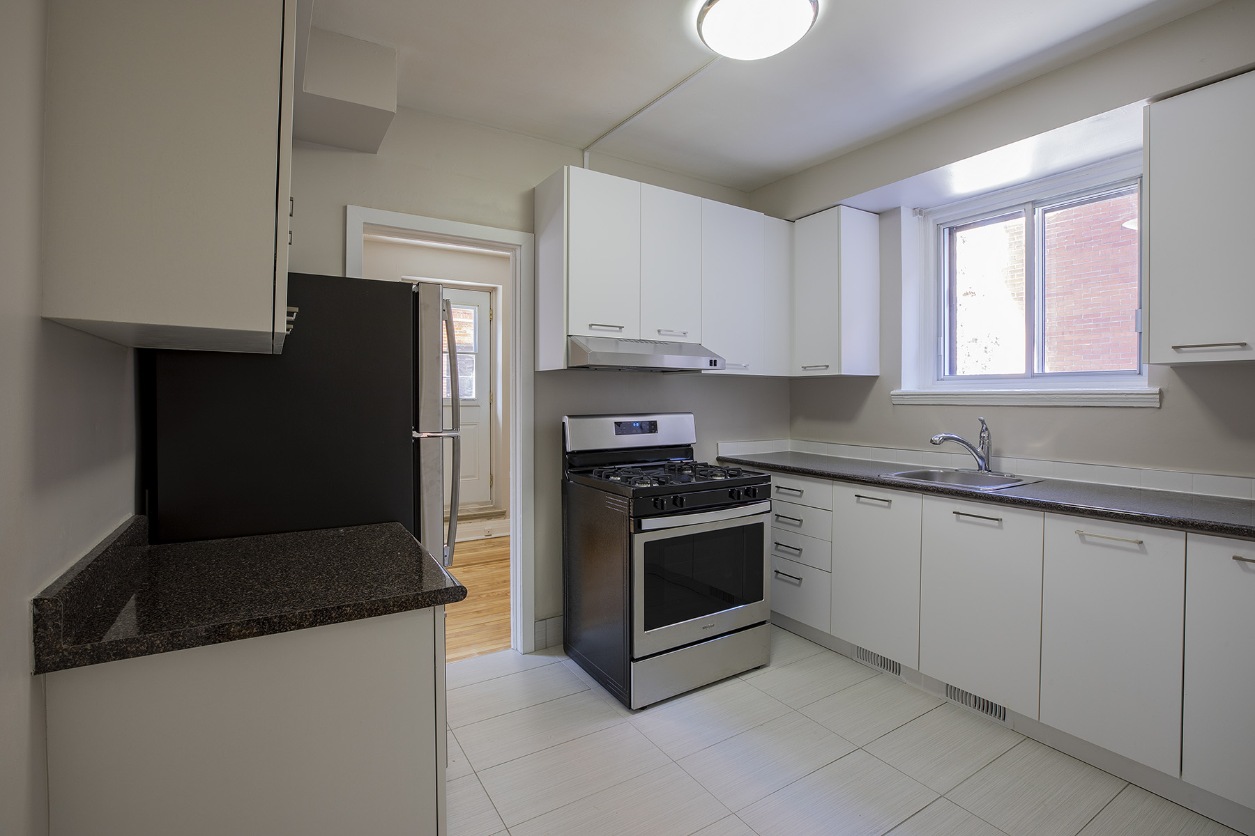 2 bedroom Apartments for rent in Cote-des-Neiges at 5000 Clanranald - Photo 08 - RentQuebecApartments – L401548