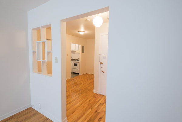 1 bedroom Apartments for rent in Lachine at Lachine Plaza - Photo 07 - RentQuebecApartments – L10037