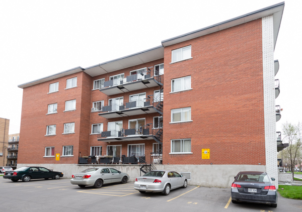 1 bedroom Apartments for rent in Lachine at Lachine Plaza - Photo 09 - RentQuebecApartments – L10037