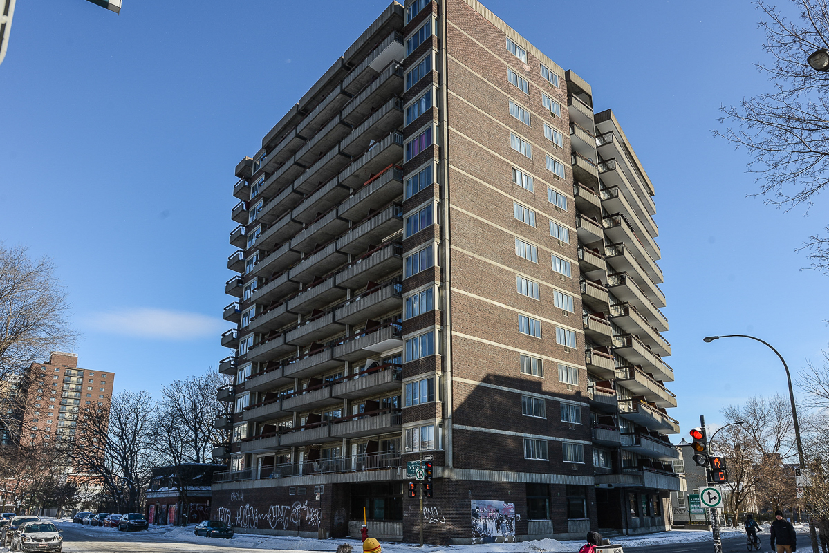 furnished Studio / Bachelor Apartments for rent in Montreal (Downtown) at St Urbain - Photo 08 - RentQuebecApartments – L1704