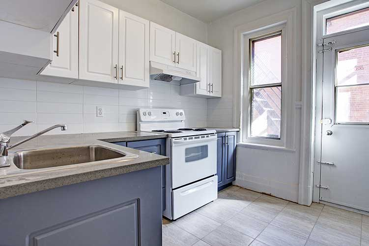 2 bedroom Apartments for rent in Montreal (Downtown) at 2205 St Marc and 1849 Lincoln - Photo 06 - RentQuebecApartments – L8037
