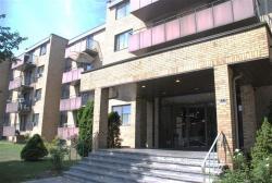1 bedroom Apartments for rent in Ville St-Laurent - Bois-Franc at 2775 Modugno - Photo 01 - RentQuebecApartments – L8120