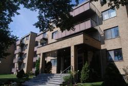 1 bedroom Apartments for rent in Ville St-Laurent - Bois-Franc at 2775 Modugno - Photo 02 - RentQuebecApartments – L8120