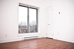 1 bedroom Apartments for rent in Cote-des-Neiges at 5324 Place Lucy - Photo 02 - RentQuebecApartments – L7302