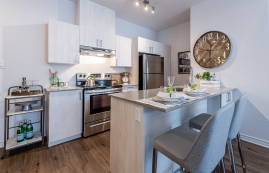 luxurious 3 bedroom Apartments for rent in Pointe-Claire at La Voile Pointe-Claire - Photo 01 - RentQuebecApartments – L403117