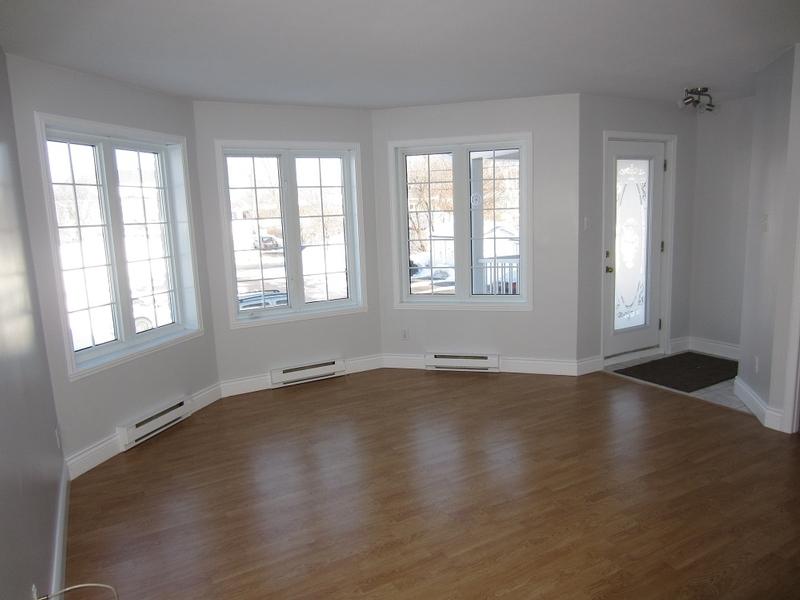 1 bedroom Apartments for rent in Quebec City at Le Domaine de Brugnon - Photo 01 - RentQuebecApartments – L168585