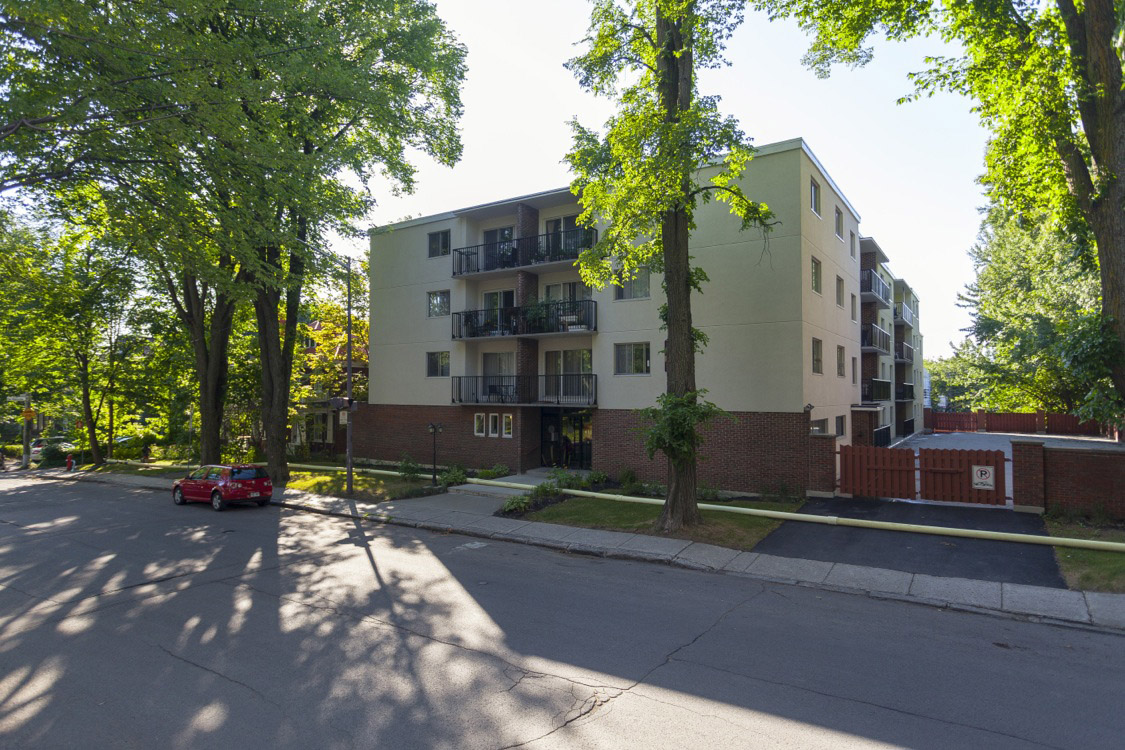 1 bedroom Apartments for rent in Quebec City at Appartements Pere-Marquette - Photo 01 - RentQuebecApartments – L396150