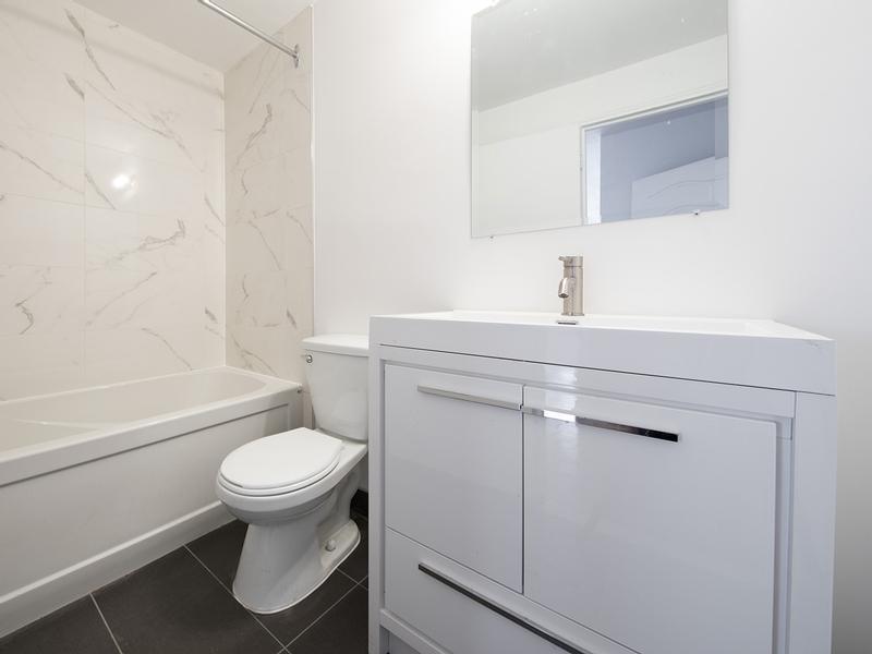 1 bedroom Apartments for rent in Westmount at 30 rue Stanton - Photo 04 - RentQuebecApartments – L401550