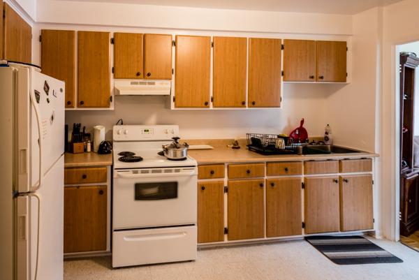 2 bedroom Apartments for rent in Ville St-Laurent - Bois-Franc at 2775 Cote Vertu - Photo 04 - RentQuebecApartments – L10048