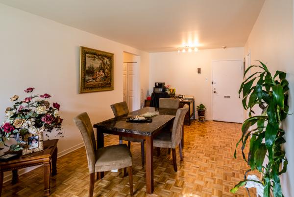 2 bedroom Apartments for rent in Ville St-Laurent - Bois-Franc at 2775 Cote Vertu - Photo 07 - RentQuebecApartments – L10048