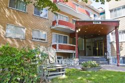 1 bedroom Apartments for rent in Ville-Lasalle at Orchidee Lasalle - Photo 02 - RentQuebecApartments – L8003