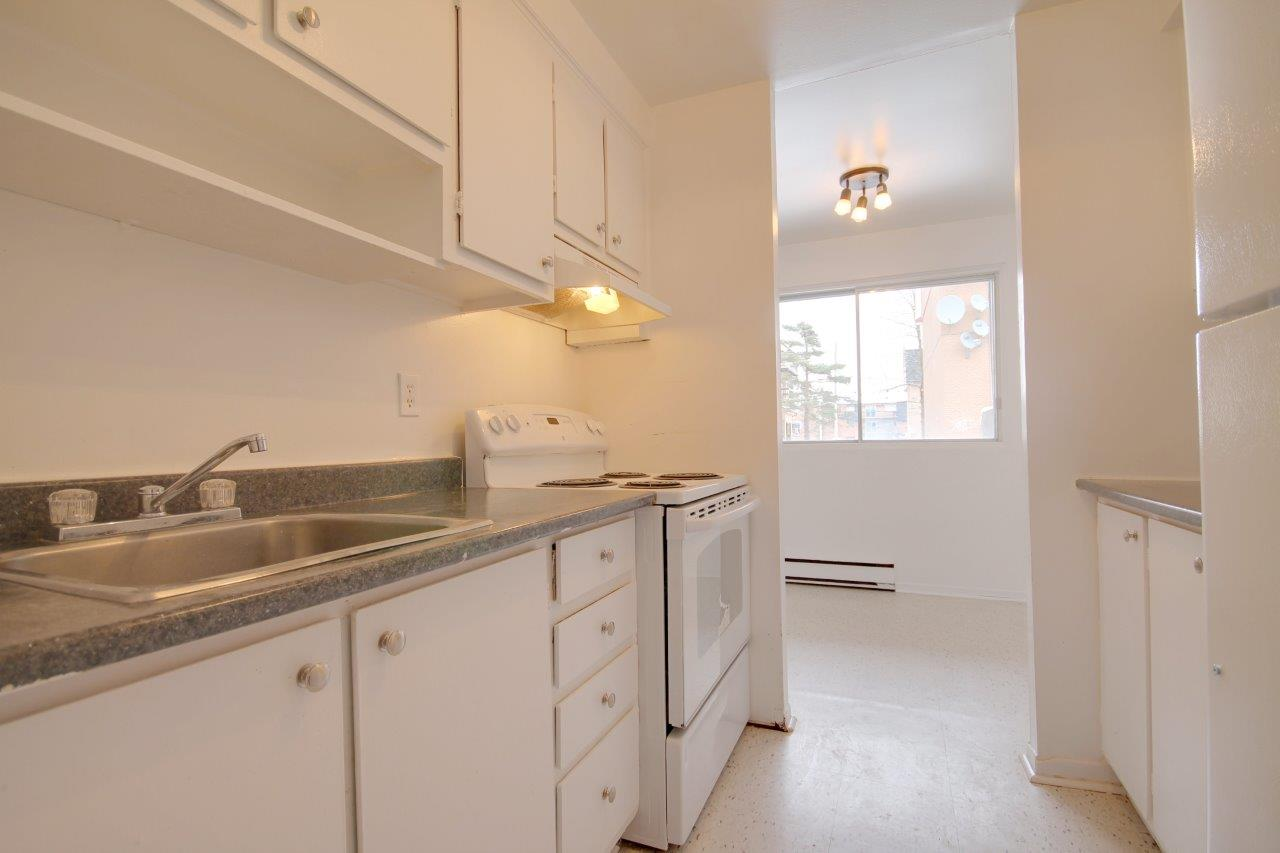 1 bedroom Apartments for rent in Pierrefonds-Roxboro at Le Palais Pierrefonds - Photo 04 - RentQuebecApartments – L179180