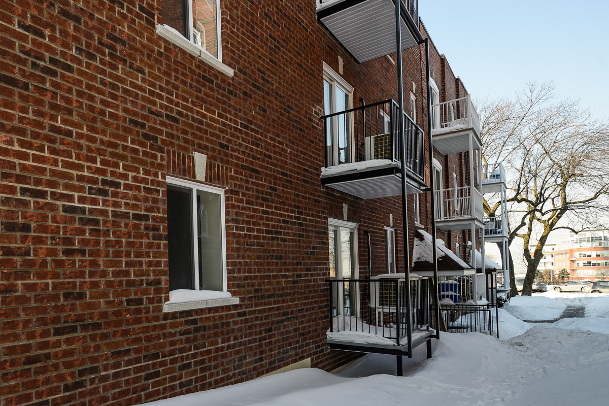 2 bedroom Apartments for rent in Cote-des-Neiges at 2970 Van Horne - Photo 03 - RentQuebecApartments – L22331