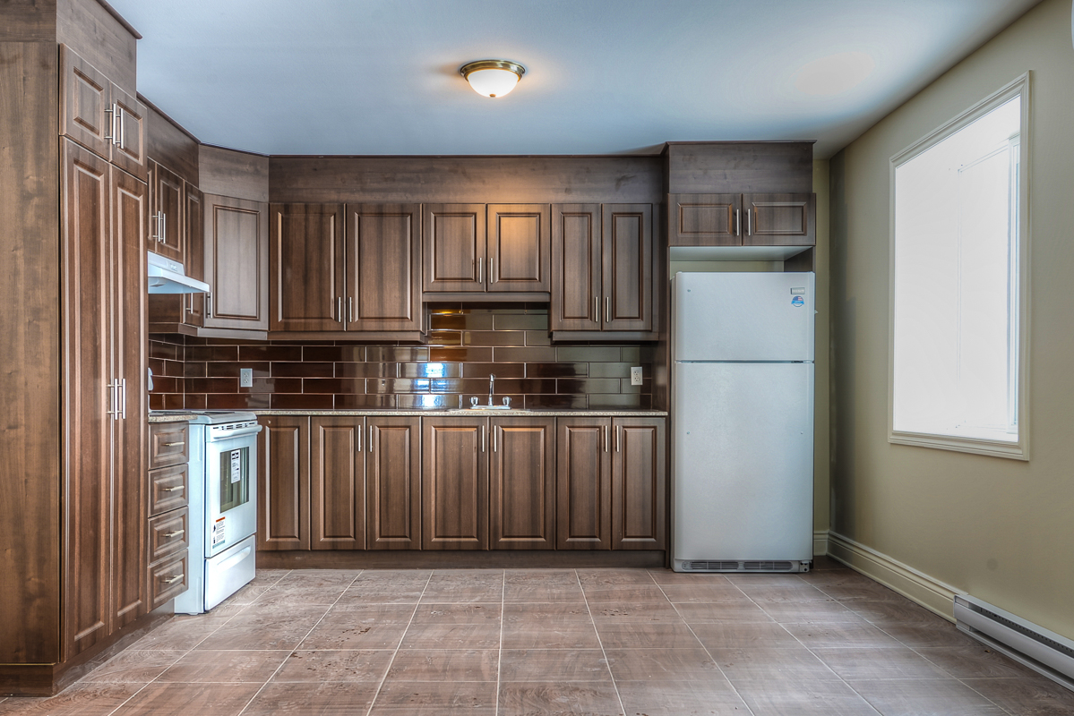 2 bedroom Apartments for rent in Cote-des-Neiges at 2970 Van Horne - Photo 07 - RentQuebecApartments – L22331