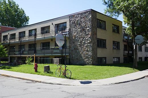 1 bedroom Apartments for rent in Rosemont–La Petite-Patrie at 7270-72 Chambord St - Photo 01 - RentQuebecApartments – L295568