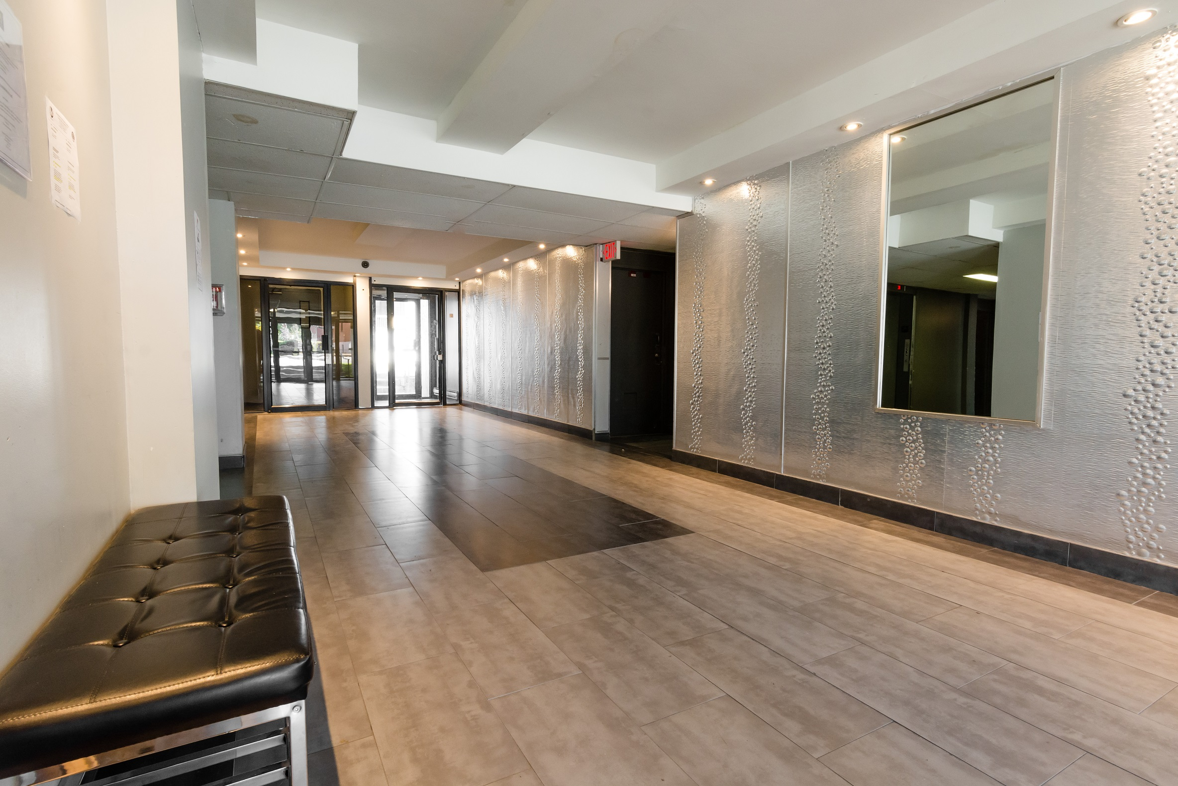 2 bedroom Apartments for rent in Montreal-North at Lacordaire - Photo 03 - RentQuebecApartments – L7645