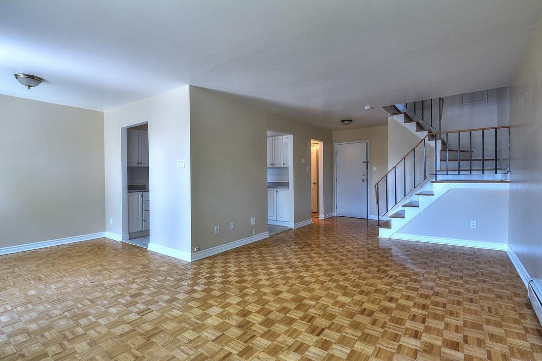 3 bedroom Townhouses for rent in Dollard-des-Ormeaux at Villas Davignon - Photo 01 - RentQuebecApartments – L742