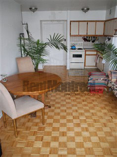 Junior 1 bedroom Apartments for rent in Notre-Dame-de-Grace at Tour Girouard - Photo 08 - RentQuebecApartments – L2078