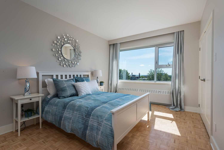 luxurious 2 bedroom Apartments for rent in Westmount at 4300 de Maisonneuve West - Photo 11 - RentQuebecApartments – L2167