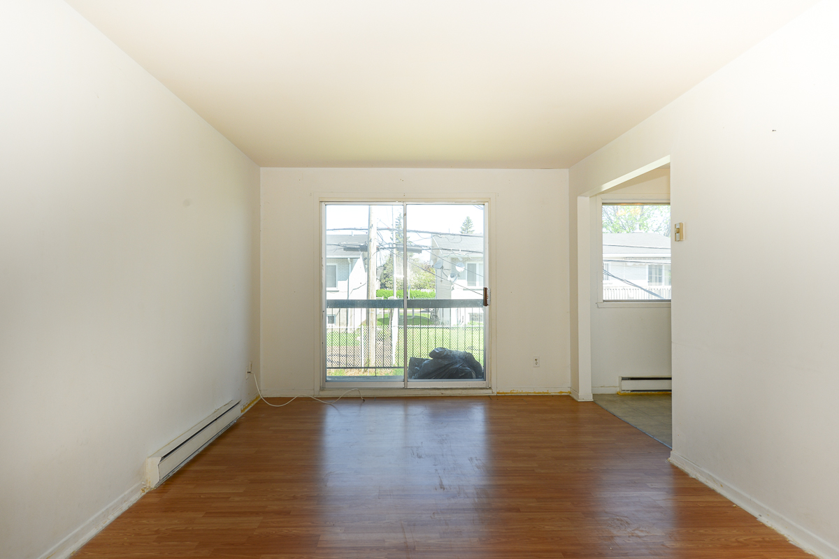 3 bedroom Apartments for rent in Laval at 5085 Notre Dame - Photo 14 - RentQuebecApartments – L28112