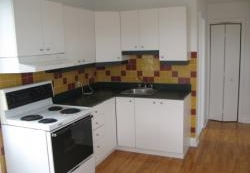 3 bedroom Apartments for rent in Cote-des-Neiges at CDN - Photo 01 - RentQuebecApartments – L8146