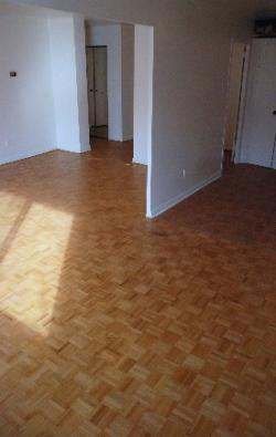 1 bedroom Apartments for rent in Notre-Dame-de-Grace at 5105 Rosedale Ave - Photo 05 - RentQuebecApartments – L115574