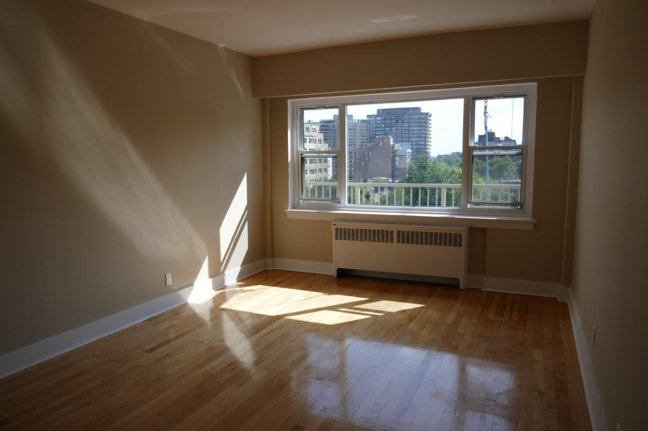 1 bedroom Apartments for rent in Montreal (Downtown) at 3644 du Musee - Photo 03 - RentQuebecApartments – L401050