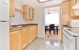 furnished 1 bedroom Apartments for rent in Town of Mount-Royal at Sunset Suites - Photo 01 - RentQuebecApartments – L3723