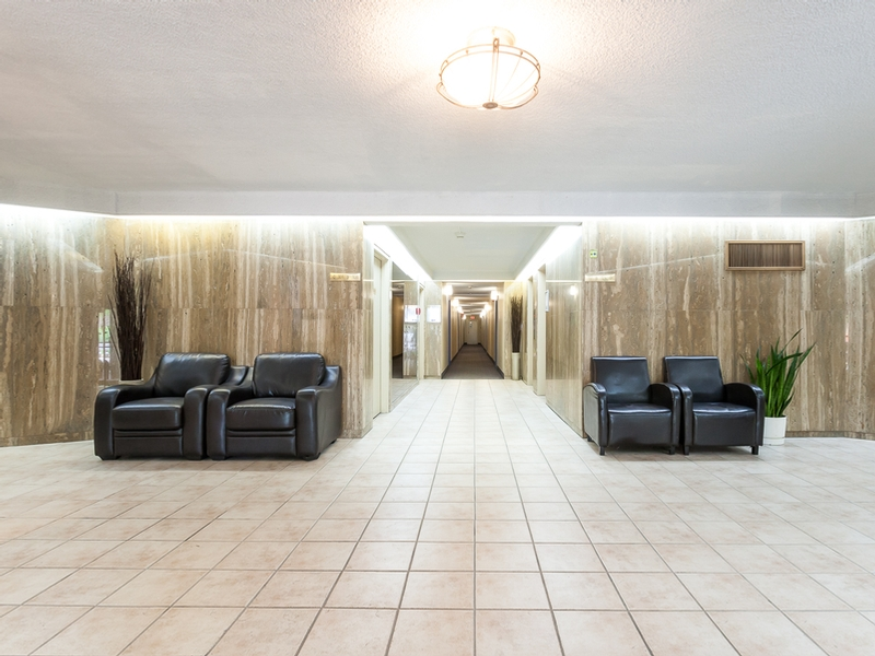 3 bedroom Apartments for rent in Laval at Habitations Des Chateaux - Photo 01 - RentQuebecApartments – L6069