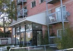 Studio / Bachelor Apartments for rent in Pointe-aux-Trembles at 13900-13910 Sherbrooke East - Photo 01 - RentQuebecApartments – L1195