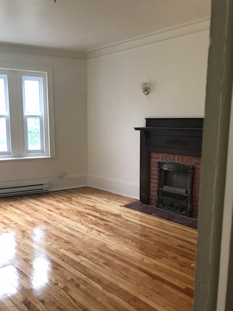 3 bedroom Apartments for rent in Notre-Dame-de-Grace at 5621-5627 Sherbrooke West - Photo 07 - RentQuebecApartments – L401599