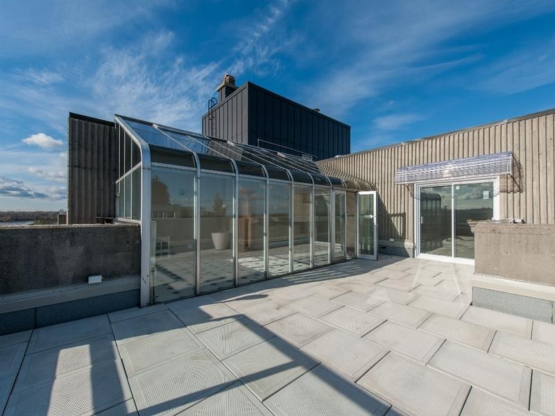 1 bedroom Apartments for rent in Laval at Le Castel de Laval - Photo 02 - RentQuebecApartments – L6086
