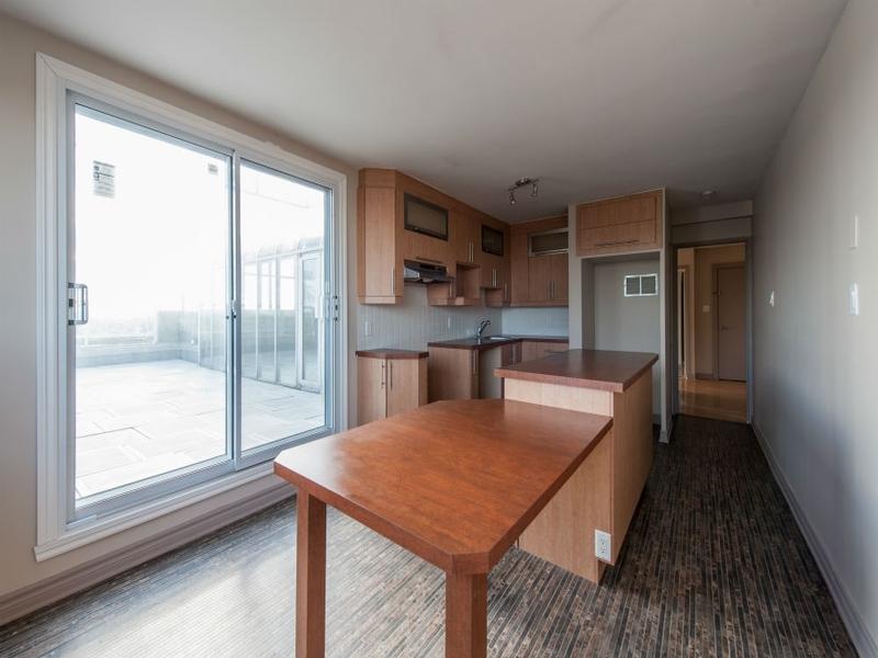 1 bedroom Apartments for rent in Laval at Le Castel de Laval - Photo 06 - RentQuebecApartments – L6086