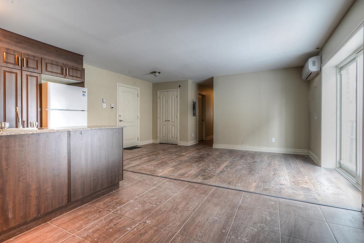 3 bedroom Apartments for rent in Cote-des-Neiges at 2970 Van Horne - Photo 01 - RentQuebecApartments – L22333