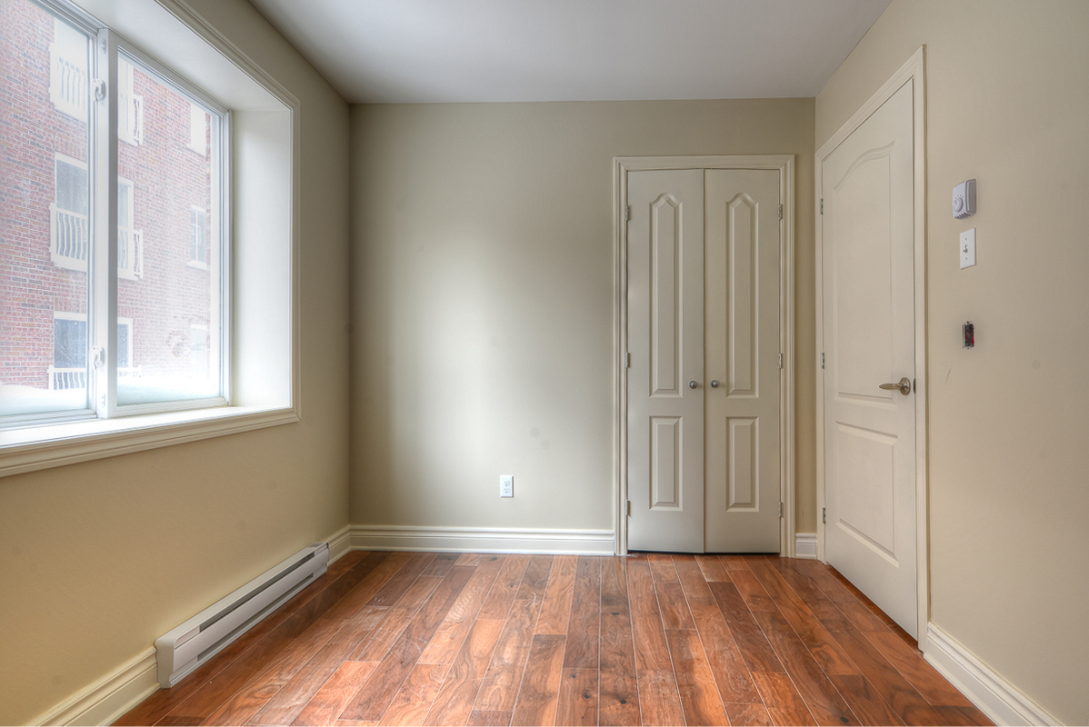 3 bedroom Apartments for rent in Cote-des-Neiges at 2970 Van Horne - Photo 02 - RentQuebecApartments – L22333