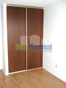 1 bedroom Apartments for rent in Pierrefonds-Roxboro at Marina Centre - Photo 02 - RentQuebecApartments – L580