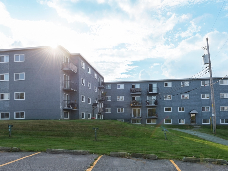 3 bedroom Apartments for rent in Sherbrooke at Le Mezy - Photo 01 - RentQuebecApartments – L333445