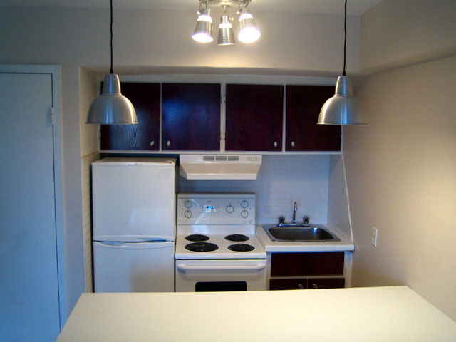 Studio / Bachelor Apartments for rent in Montreal (Downtown) at 3565 Lorne - Photo 02 - RentQuebecApartments – L5007