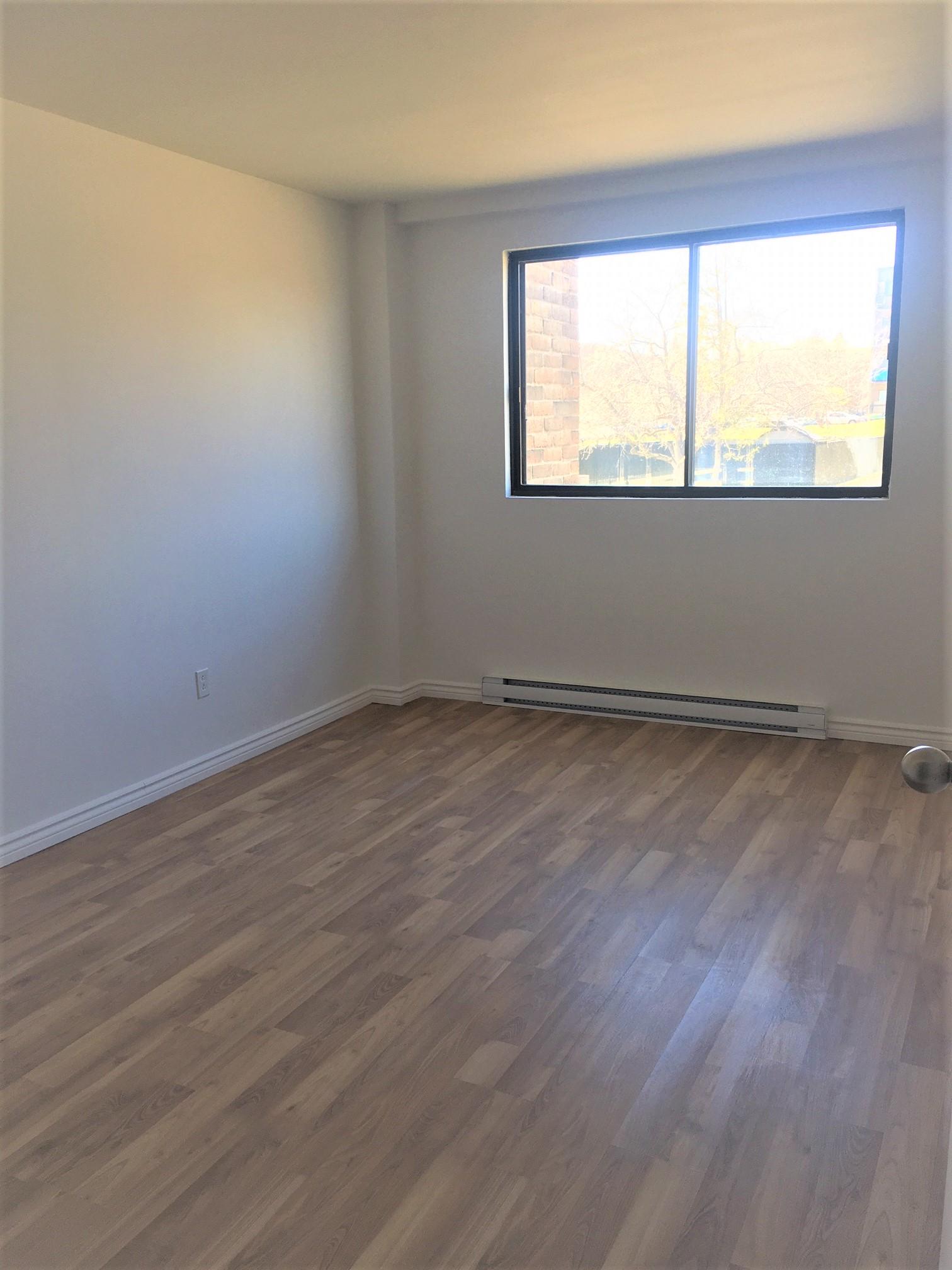 1 bedroom Apartments for rent in Pointe-aux-Trembles at Habitations de la Rousseliere - Photo 05 - RentQuebecApartments – L1921