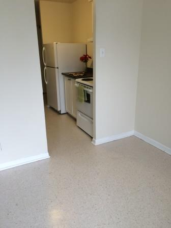 Studio / Bachelor Apartments for rent in Gatineau-Hull at Habitat du Lac Leamy - Photo 02 - RentQuebecApartments – L9125