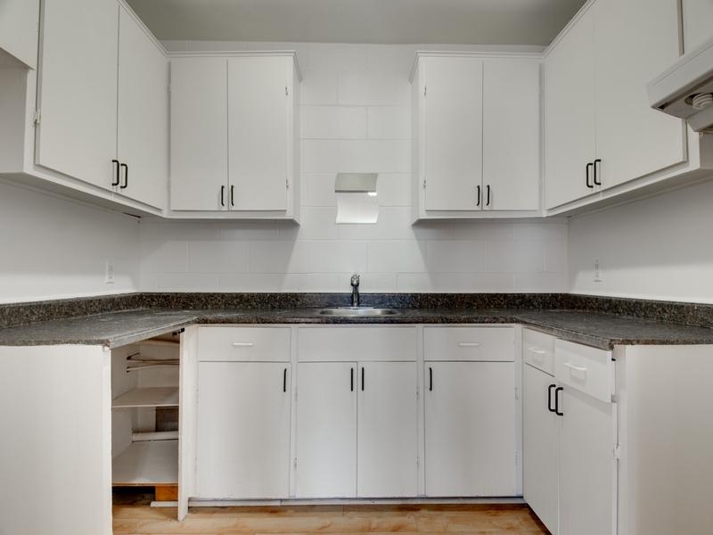 Studio / Bachelor Apartments for rent in La Haute-Saint-Charles at Loretteville - Photo 02 - RentQuebecApartments – L333439