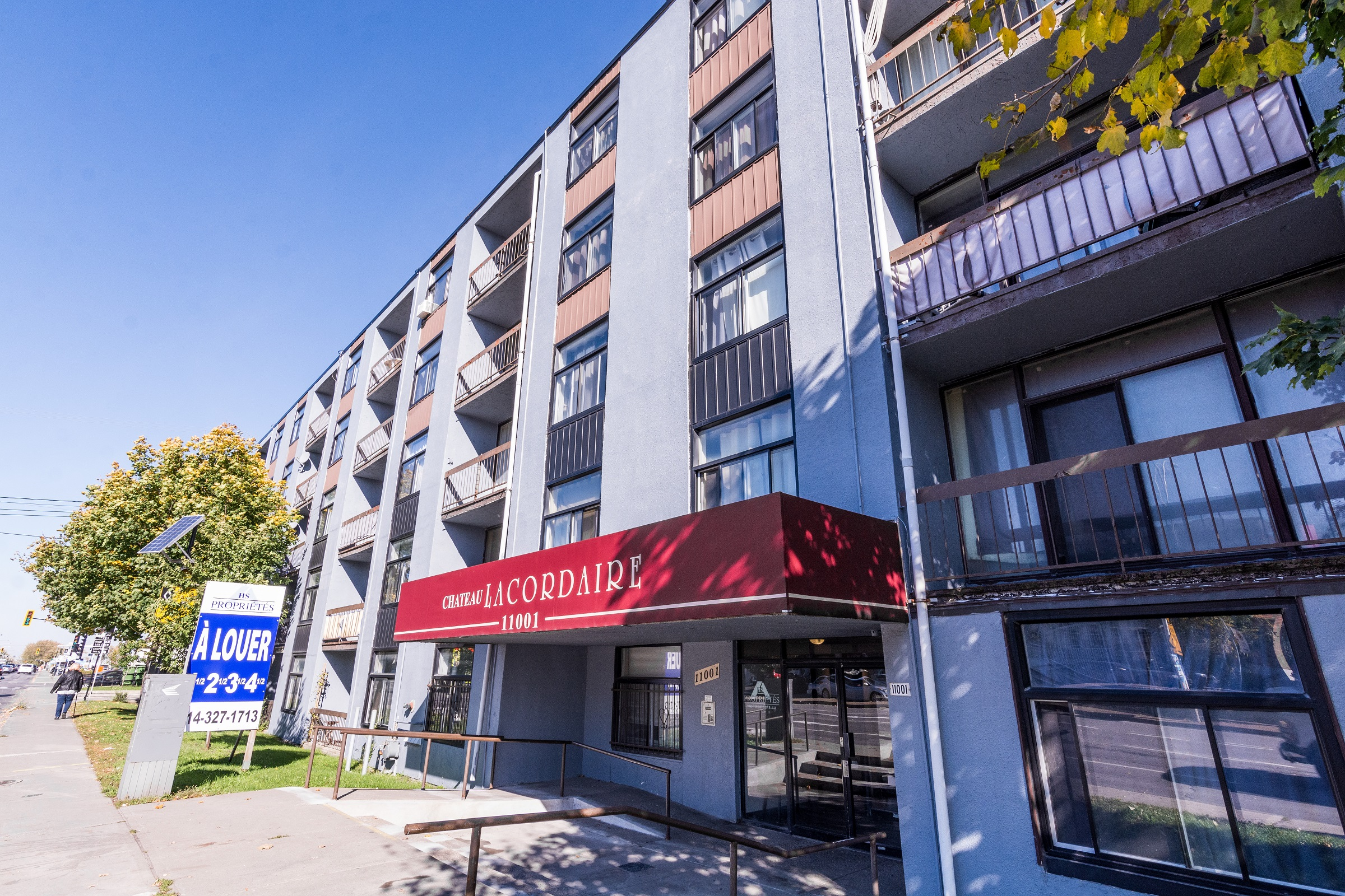1 bedroom Apartments for rent in Montreal-North at Lacordaire - Photo 02 - RentQuebecApartments – L7644